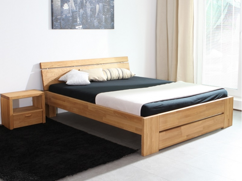 massivholz bett eiche cool wikinger rustikales bett eiche massiv x with massivholz bett eiche. Black Bedroom Furniture Sets. Home Design Ideas